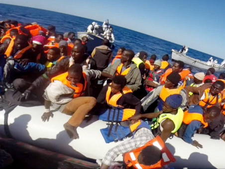 More than 3,400 migrants rescued at sea in Mediterranean