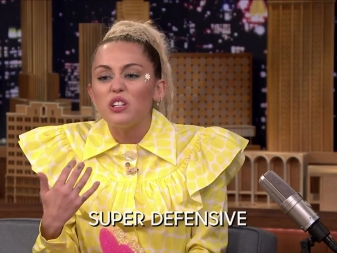 Watch Miley Cyrus Have An Emotional Interview With Jimmy Fallon & Call Out Leonardo DiCaprio & Kanye West For WHAT?!