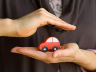 Cost of car insurance rises by £100