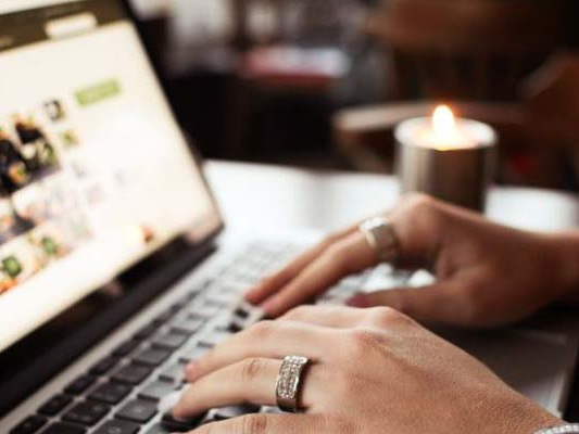 Time's Up! In Online Dating, Matches Don't Last Forever