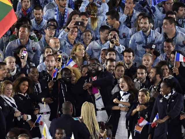 Team France's partying skills steal the show at Rio 2016 closing ceremony