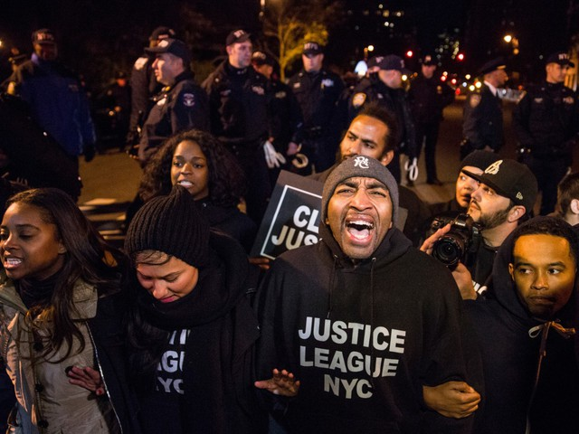 Justice Department Reportedly Replaces Investigators in Eric Garner Chokehold Case