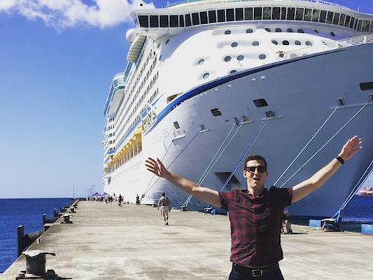 Cruise Ship The World  Anygator