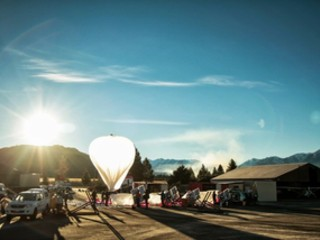 Google's Project Loon proposes internet distributed by hot air balloon (video)