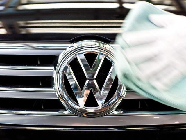 VW US CEO Horn was informed of emissions cheat in 2014