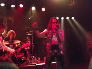 Video: STEPHEN PEARCY Performs RATT Classics In Las Vegas