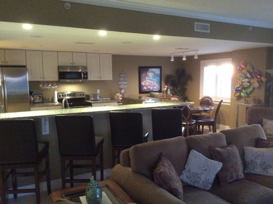 $249 / 4br - Come Enjoy Ocean & Bay for a Low Price (Ocean City, Maryland)