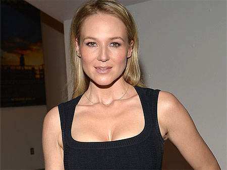 VIDEO: Jewel Talks Gun Violence, 'It's Very Frustrating Seeing How Much of This is Happening'