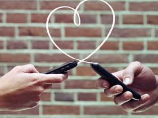 Is mobile dating the new ride sharing?