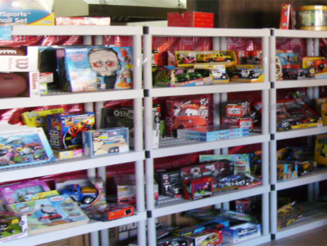 Staten Island Free Toy Store Open For Business