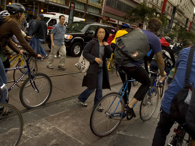 Video shows S.F. Critical Mass cyclists trapping driver, smashing car