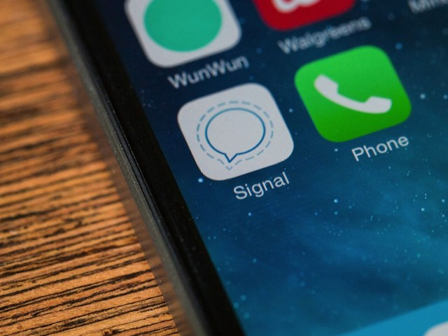 Signal's encrypted messaging app comes to the desktop