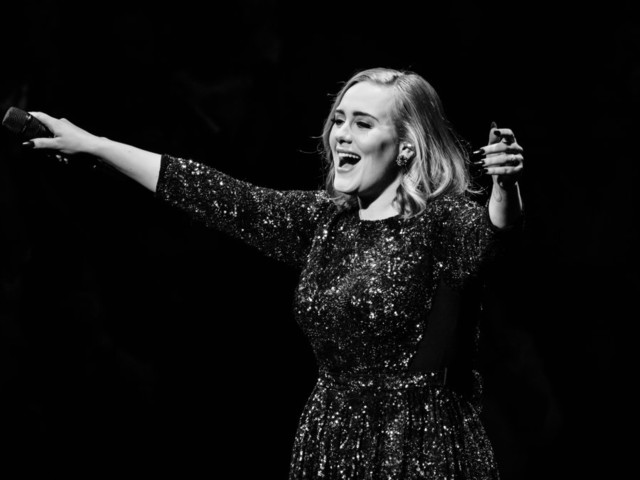Adele's '25' finally headed to streaming services