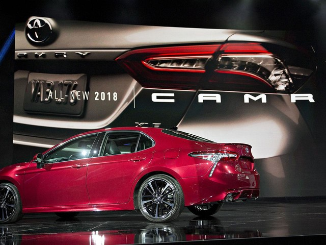 Toyota stresses style, sportiness with 2018 Camry makeover