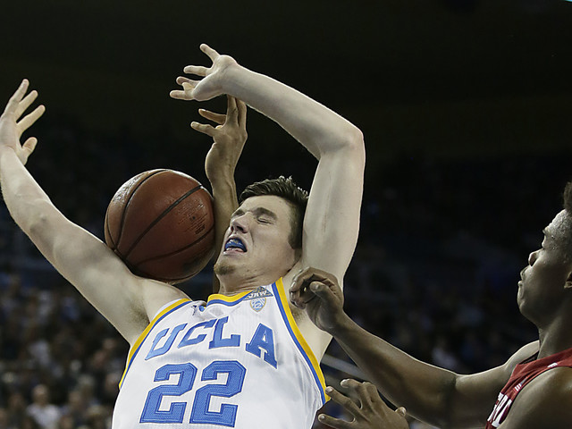 UCLA cruises to victory over Stanford