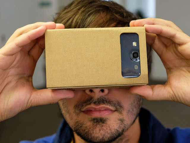 Google's VR Cardboard Camera app is coming to iOS