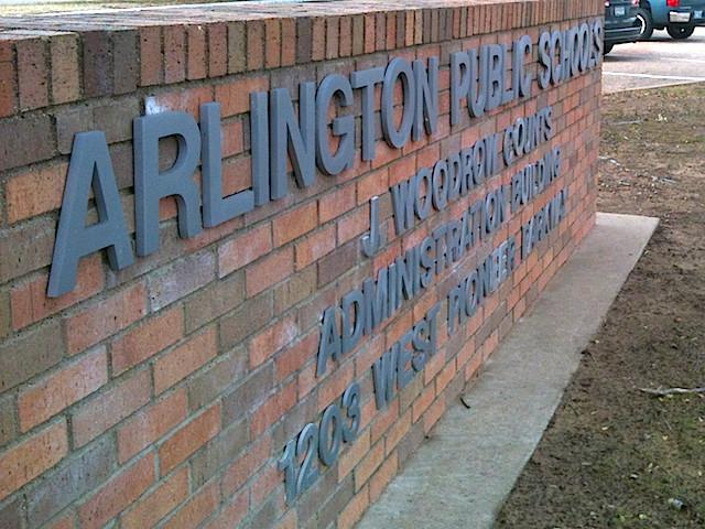 Arlington ISD Parents Upset With Next Year's School Start Date