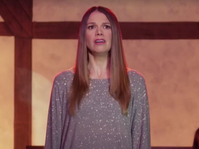 VIDEO: Watch Sutton Foster's Musical Moment on 'Gilmore Girls'