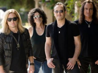 LAST IN LINE: Full Track-By-Track Band Commentary On 'Heavy Crown' Album