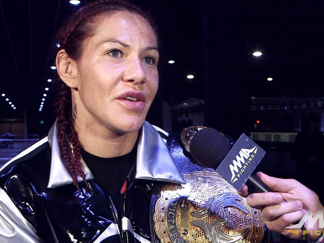 Cyborg: 'I'm not lying' UFC offered me Ronda Rousey on Dec. 5