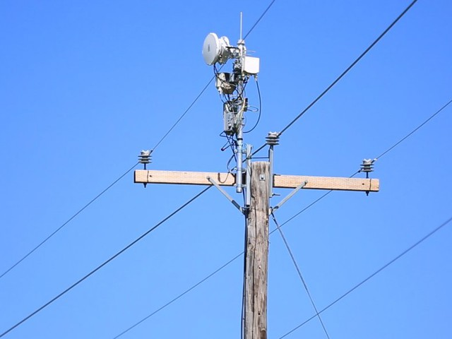 AT&T invented a way to use power lines to deliver super-fast wireless internet (T)