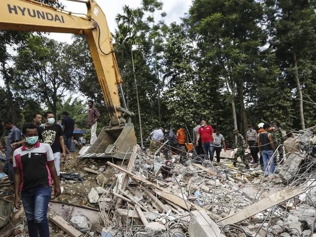 Indonesia Earthquake Kills Dozens in Aceh Province