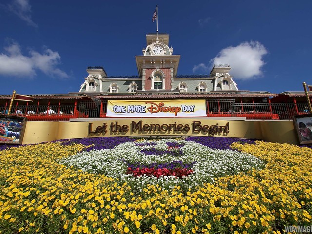 VIDEO - 'Let the Magic Begin' Welcome Show debuts at the Magic Kingdom