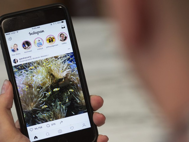 Instagram now lets you pinch to zoom on photos and videos in iOS