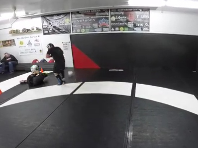 Video: UFC fighter ruptures his achilles tendon in sparring session