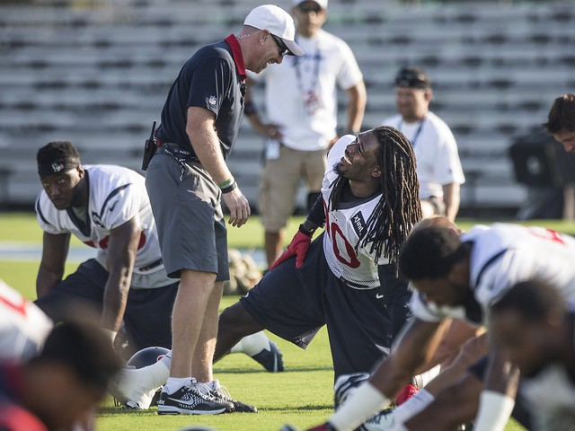 Clowney gets in camp swing after recovering from knee surgery