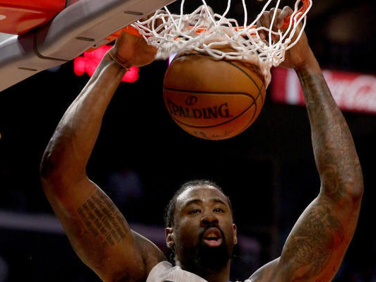 DeAndre Jordan dominant in Clippers' victory over the Lakers