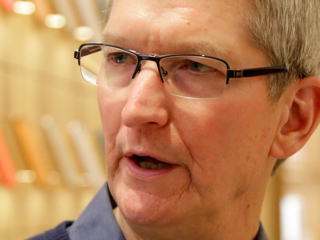 Apple just did something for the first time in nearly 18 years (AAPL)