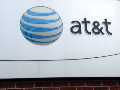 AT&T's Q2 2015 Earnings Mixed With $33.02B Revenue And $0.69 EPS, Sports 2.1 Million Wireless Net Adds
