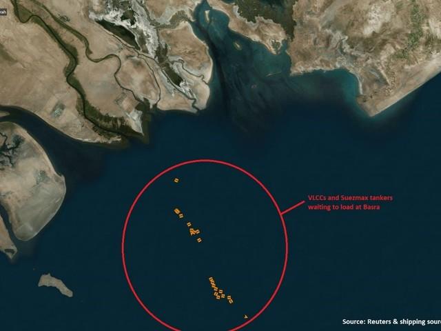 Shocking Photo: Nearly 30 Oil Tankers in Traffic Jam Off Iraqi Coast